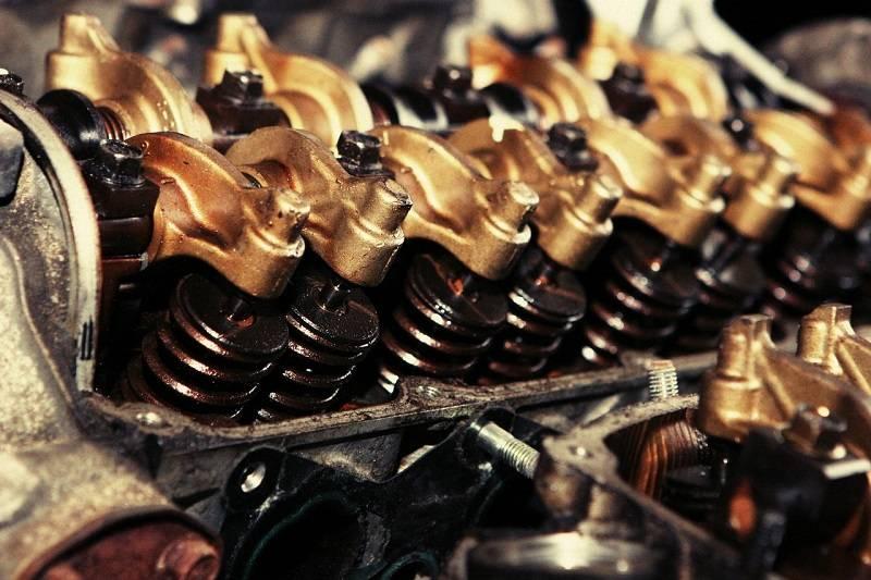 Motorovými oleji pro automobily