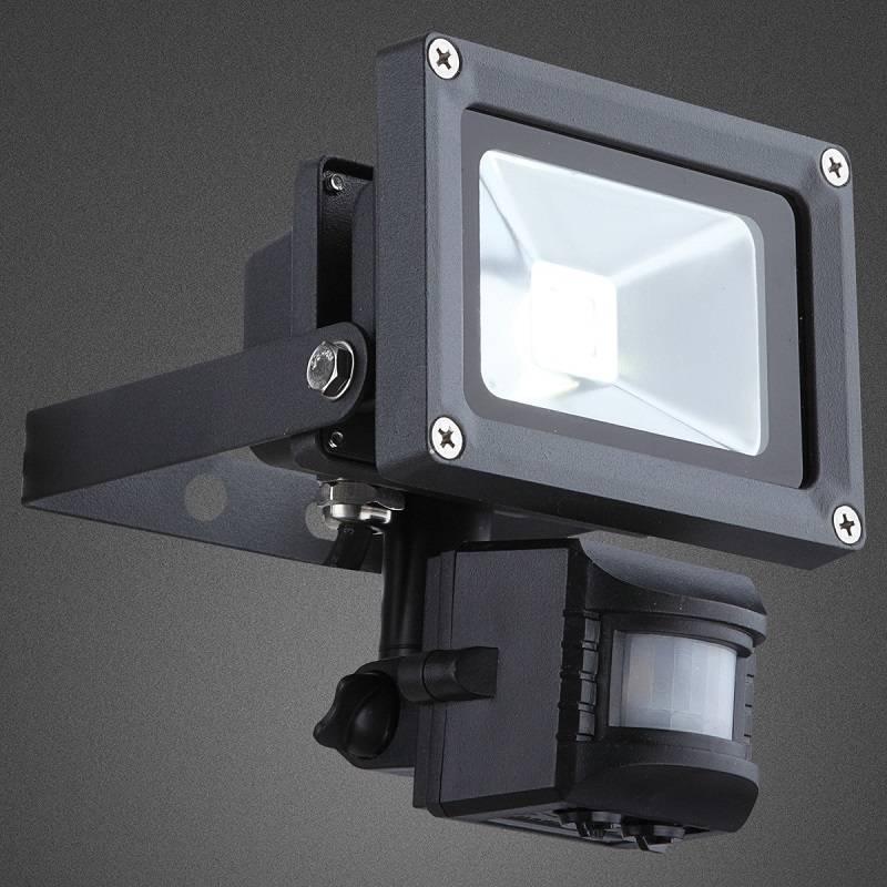 LED reflektorů