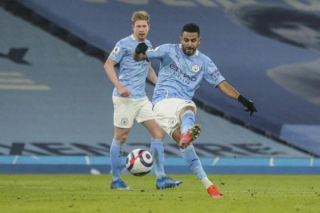 Fotbalisté Manchesteru City prodloužili vítěznou sérii o 21. soutěžní zápas. V předehrávce 29. kola anglické ligy porazili Wolverhampton. Na snímku autor jedné z branek Riyad Mahrez.